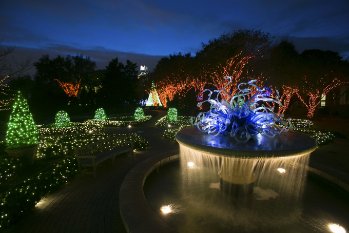 Garden Lights, Holiday Nights